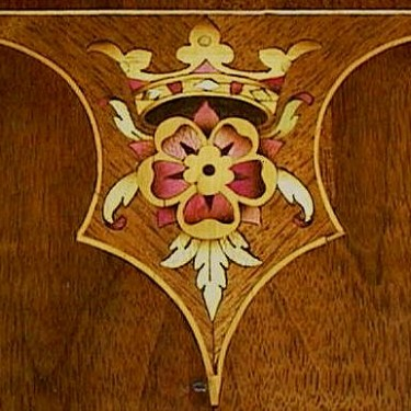 inlay-rose-crown