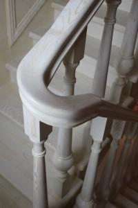 Лестницы для коттеджей