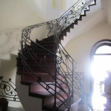 Лестницы на второй этаж 1