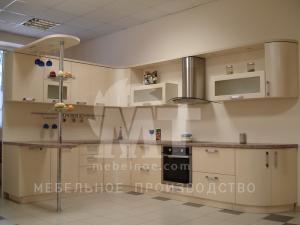 Кухонный гарнитур с барной стойкой 2