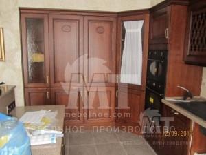 Темная мебель на кухне 1
